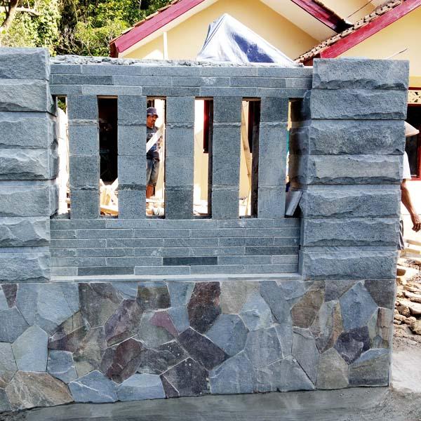 Batu Alam untuk Pagar Cirebon Batu Alam